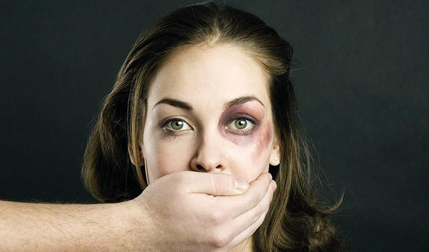 Что делать если муж издевается