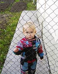 Как оградить ребенка от жизни - стоит ли? Какие дети испорчены больше?